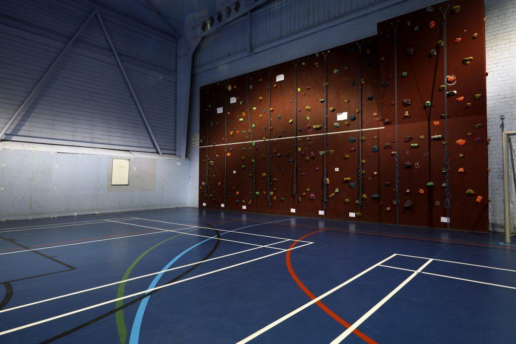 gerflor-gerflor-evolves-its-40-year-taraflex-sport-floor-hall-legacy-img7-v3